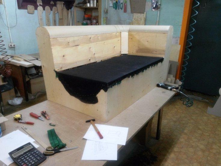 изготовление дивана своими руками фото без пробок