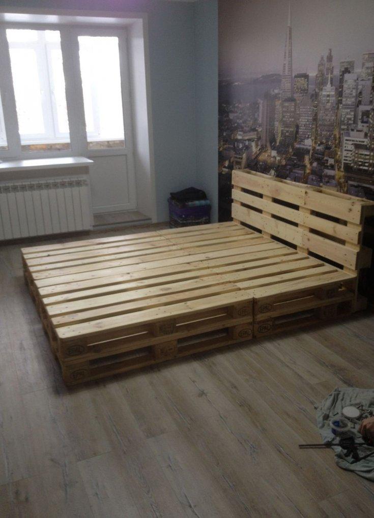 Кровати из паллет поддонов фото