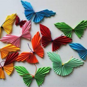 Оригами из бумаги бабочка, как сделать своими руками: пошаговый мастер-класс изготовления оригинальных поделок с фото и видео