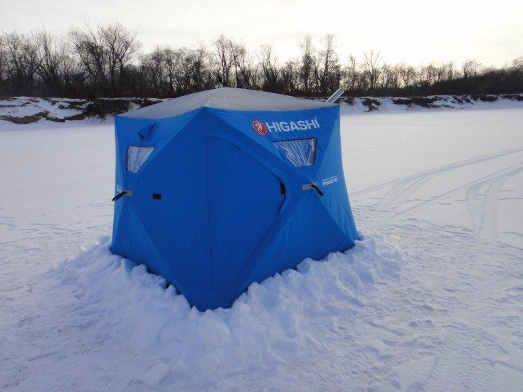 Зимняя палатка с печкой для рыбалки в Екатеринбурге