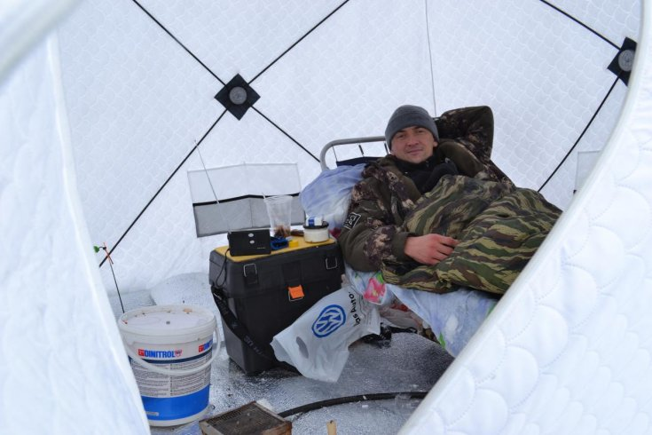 Как дождаться поклевки и не обморозиться Все об обогреве палатки зимой на рыбалке